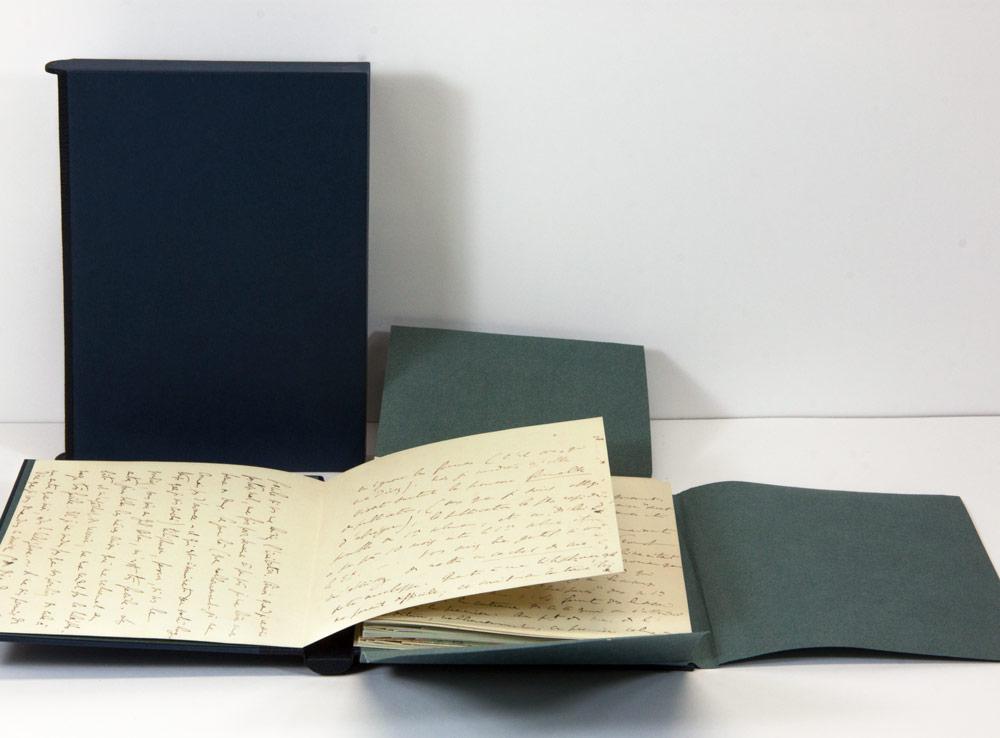 Numérisation d'un manuscrit original en 8 exemplaires